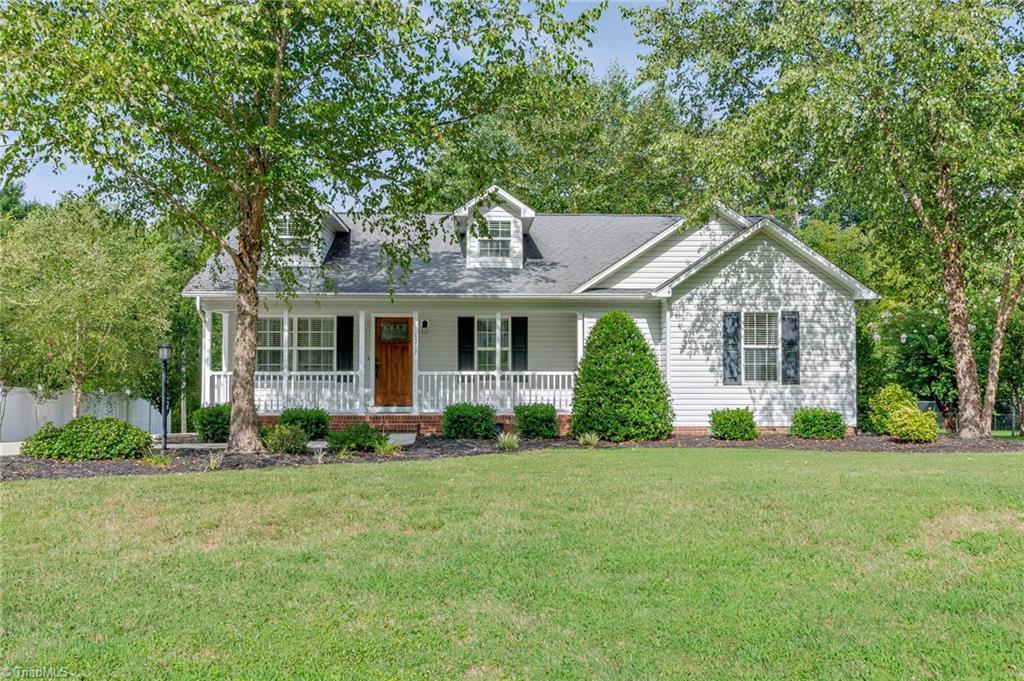 4207 Fox Street Property Photo