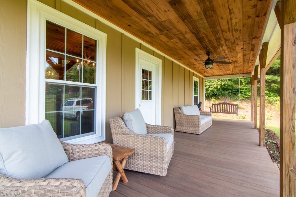 Laurel Springs Real Estate Listings Main Image