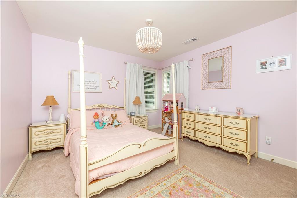 4870 Century Oaks Lane Property Picture 5