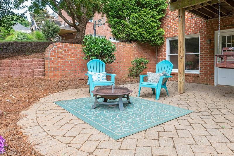 4870 Century Oaks Lane Property Picture 12