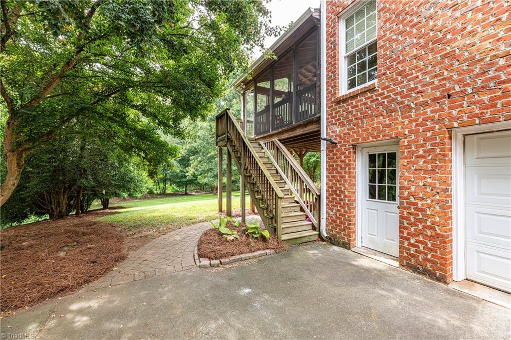 4870 Century Oaks Lane Property Picture 18