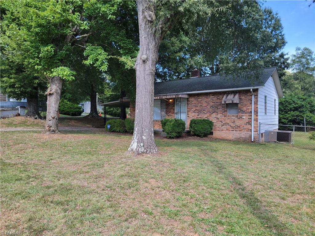 425 Hill Street Property Photo 1