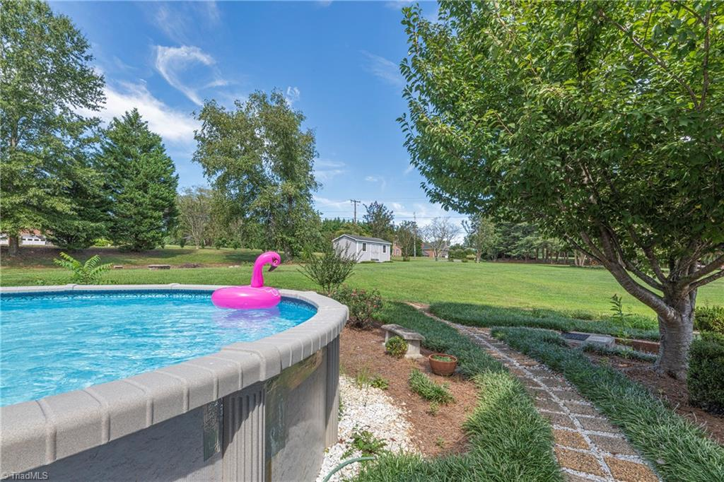 2600 Burke Farm Road Property Photo 42