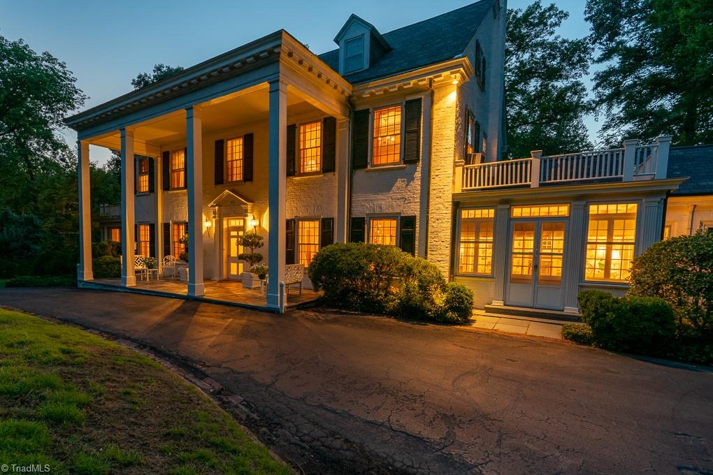907 Rockford Road Property Photo