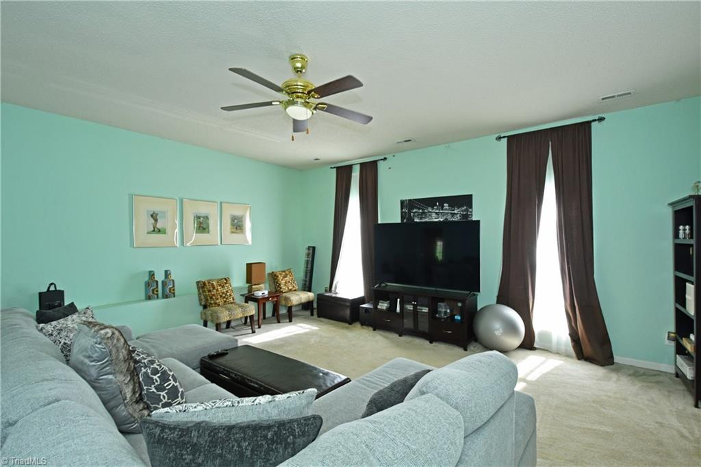 2914 Chestnut Heights Road Property Photo 12