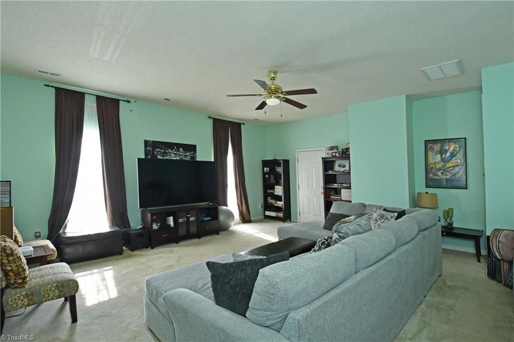2914 Chestnut Heights Road Property Photo 13