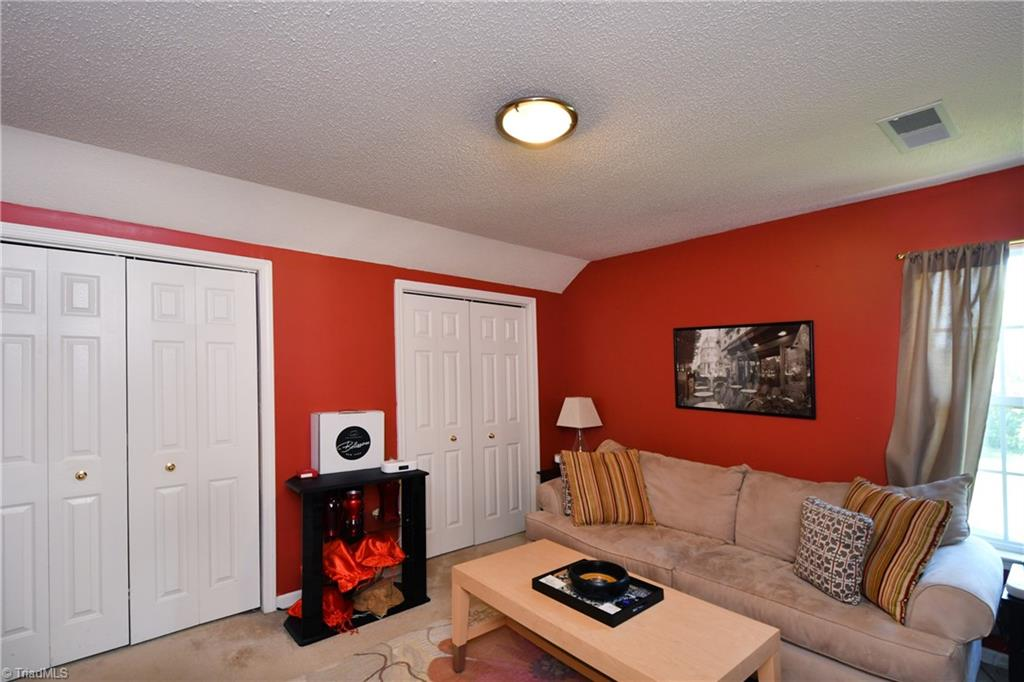 2914 Chestnut Heights Road Property Photo 20