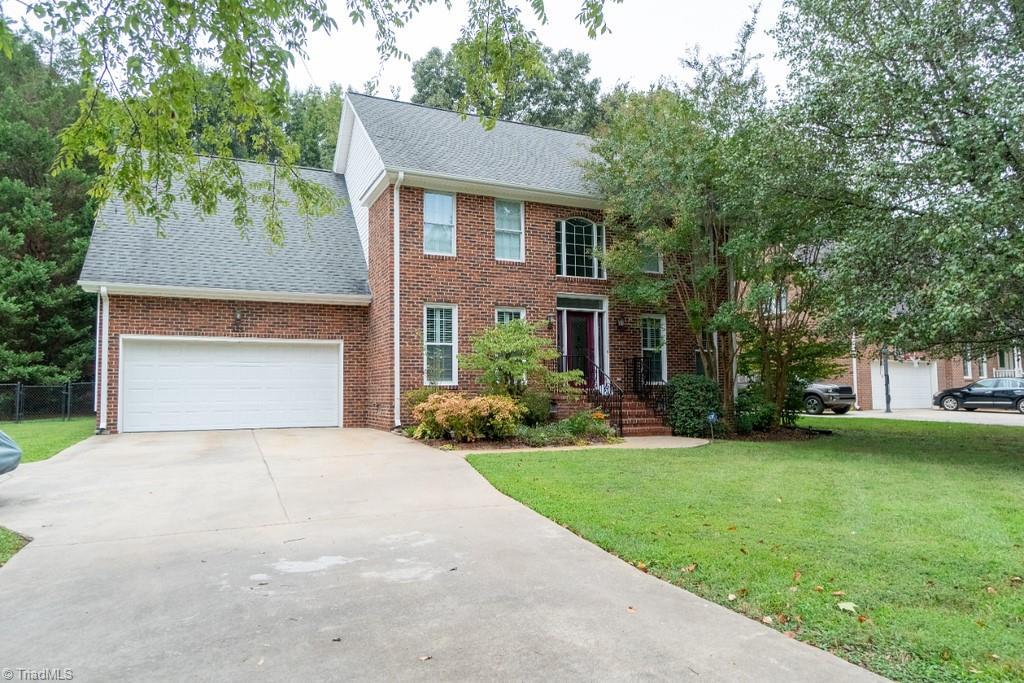 435 Brookview Drive Property Photo 1