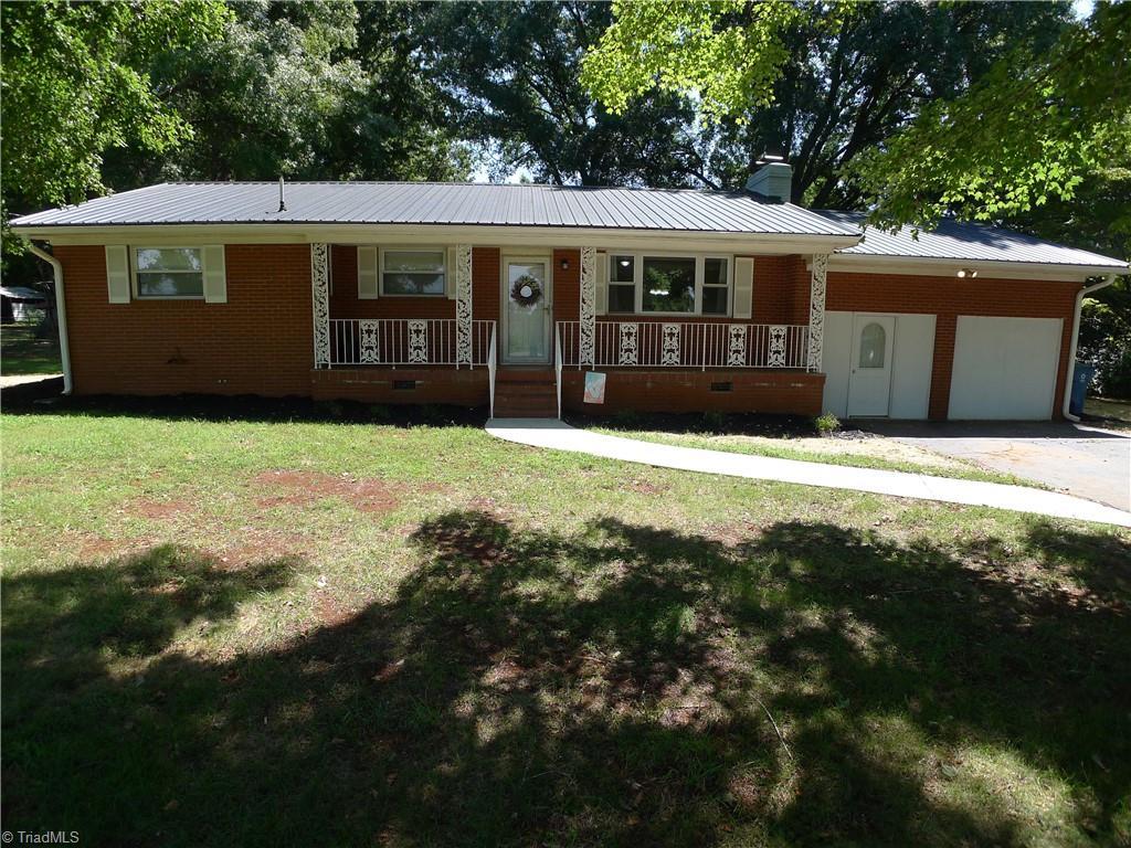 7401 S Nc Highway 801 Property Photo