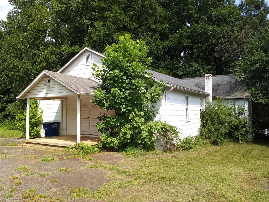 252 Cemetery Street Property Photo