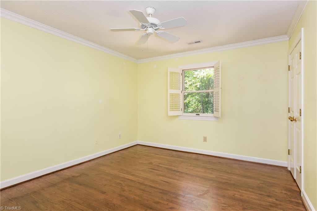 6121 Roxbury Court Property Picture 22