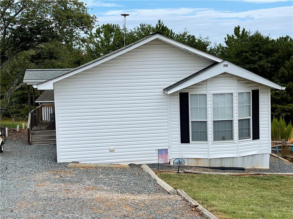 310 Mount View Lane Property Photo