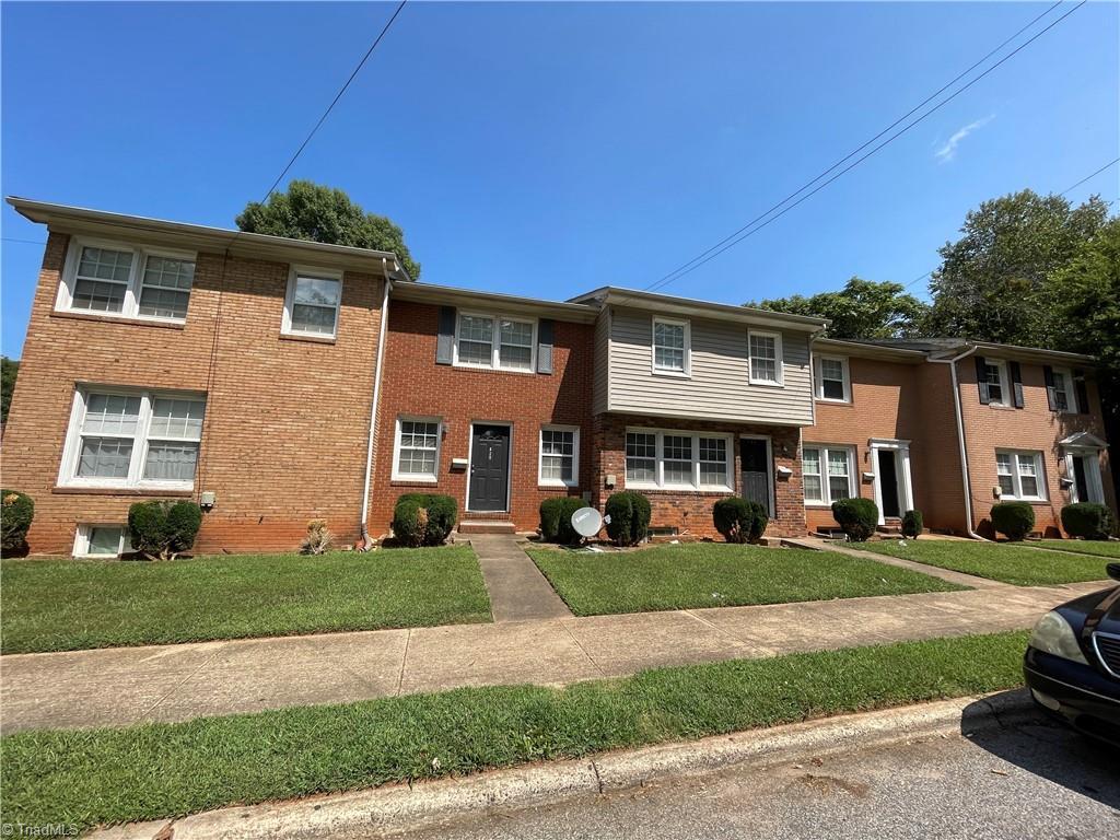 631 S Ellis Street Property Photo 1