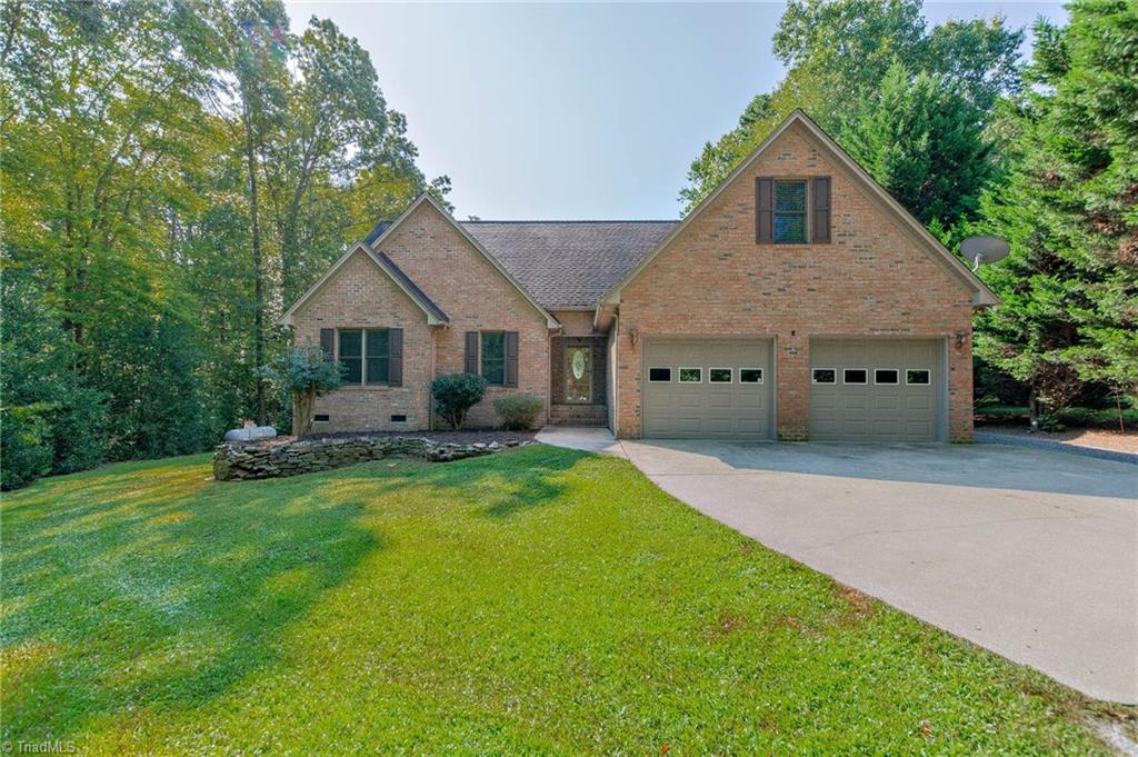 1773 Winchester Heights Drive Property Photo 1