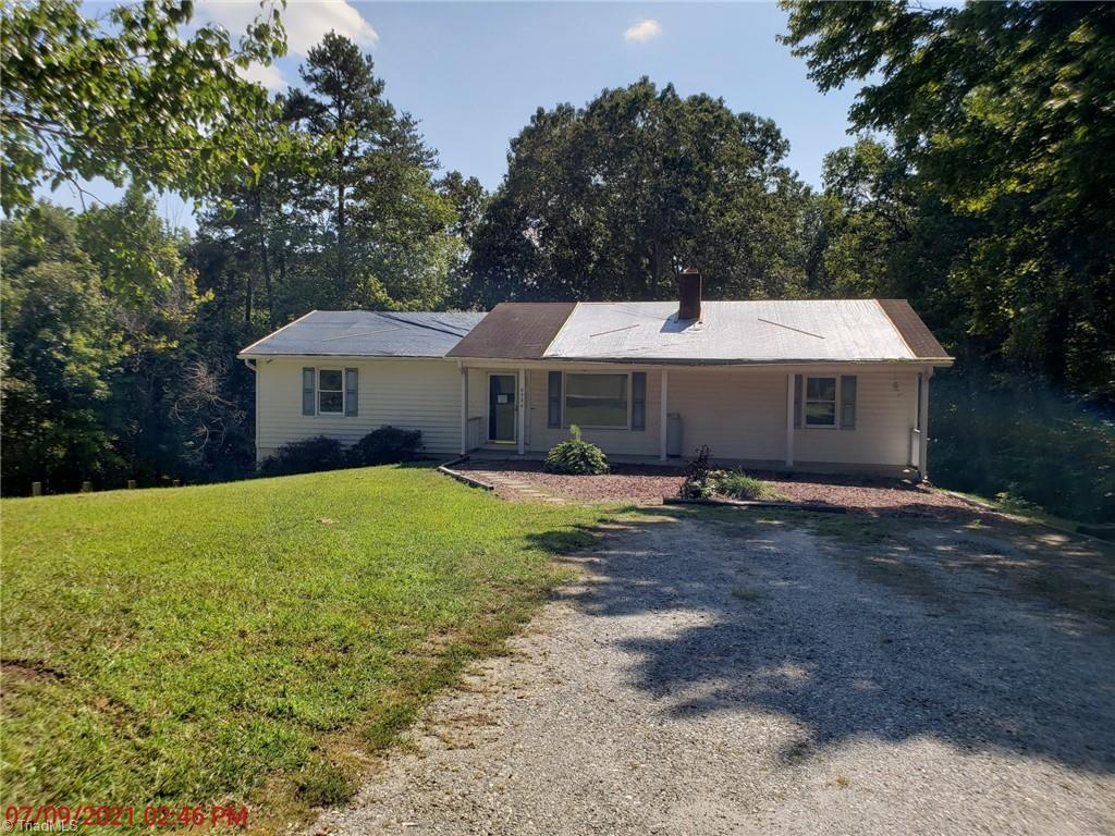 6996 Clifton Wood Drive Property Photo 1
