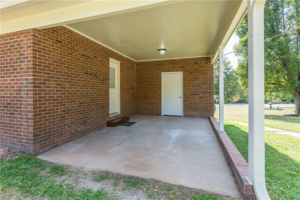 8576 Linville Road Property Photo 33