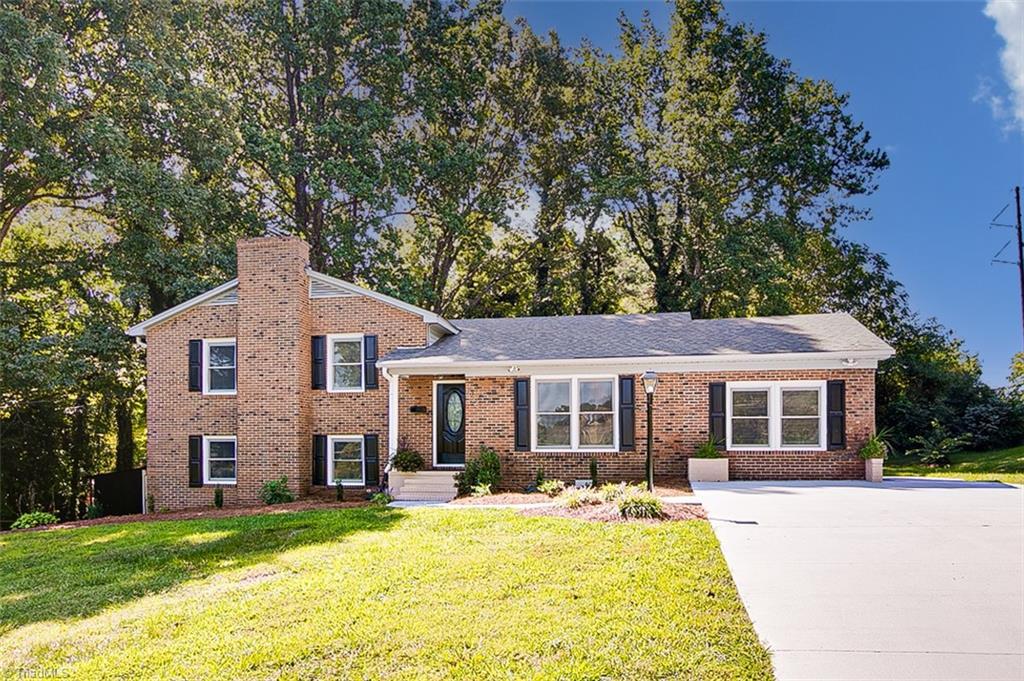 626 Emerson Drive Property Photo 1