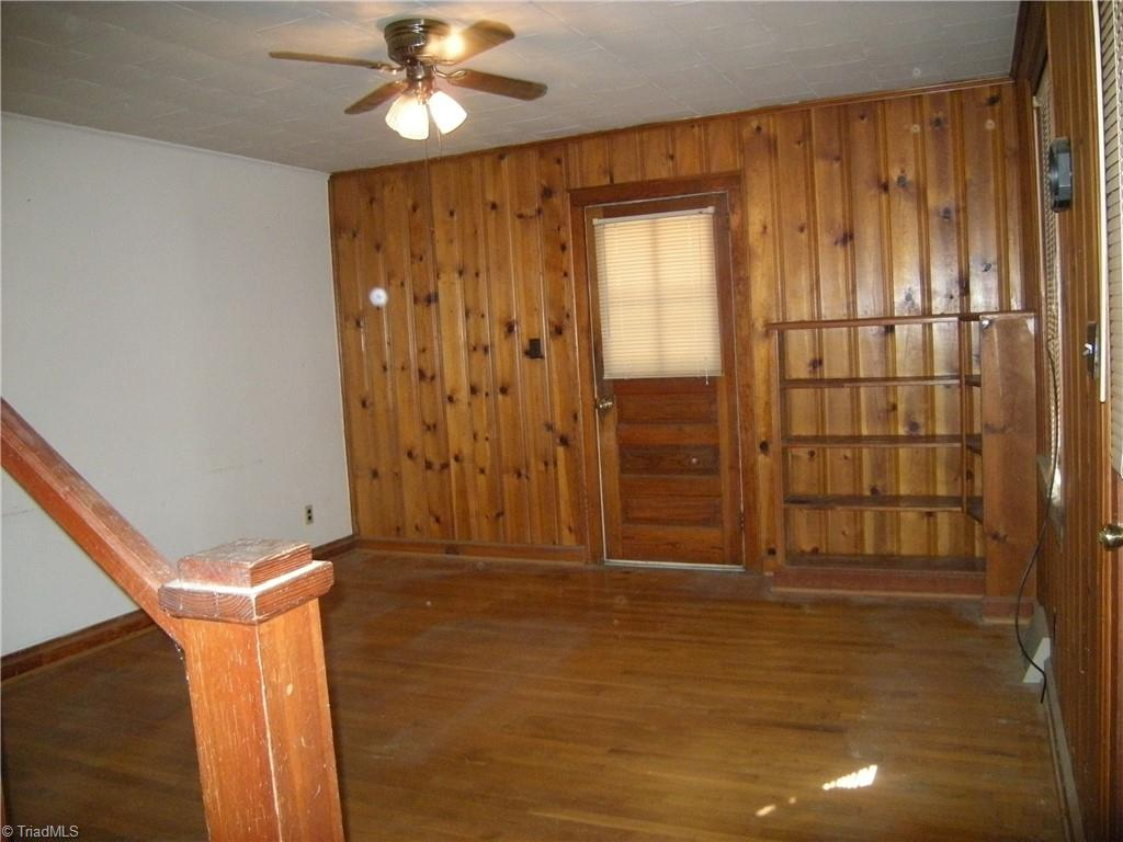 100 Spring Street Property Picture 4
