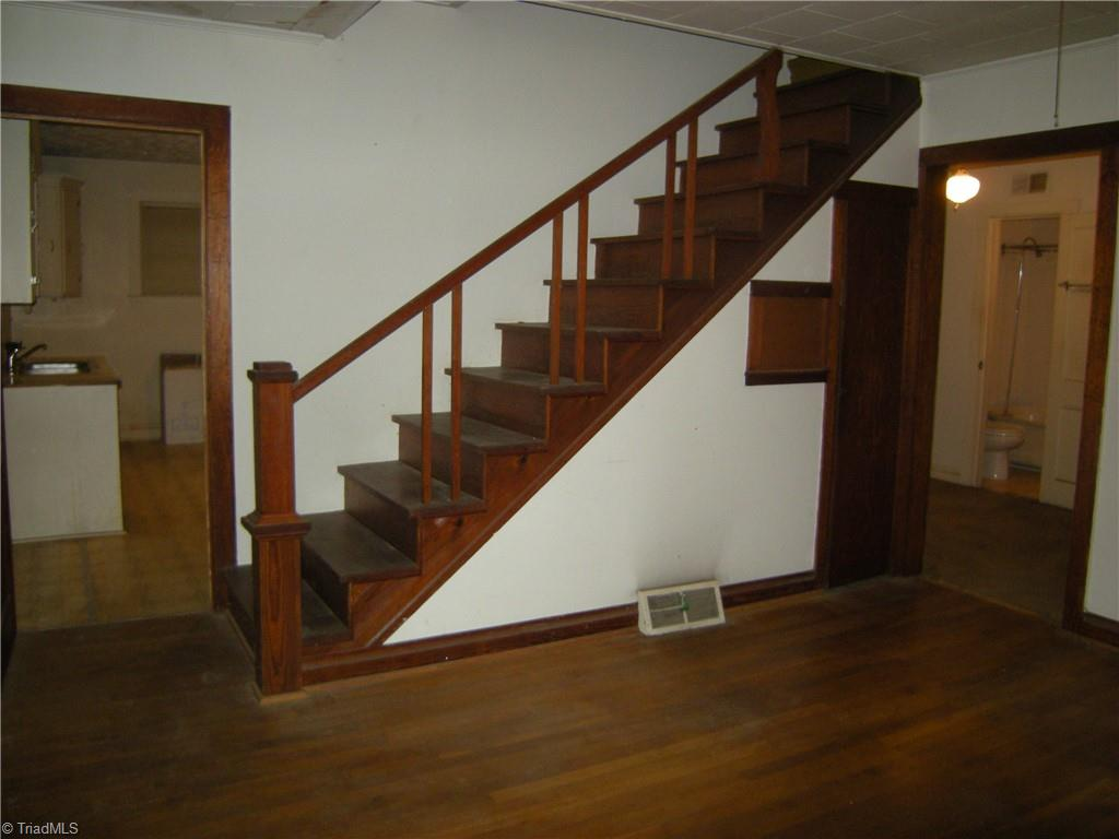 100 Spring Street Property Picture 5