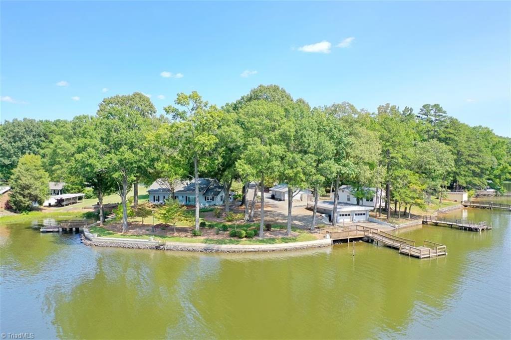 1541 Shoreline Drive Property Photo