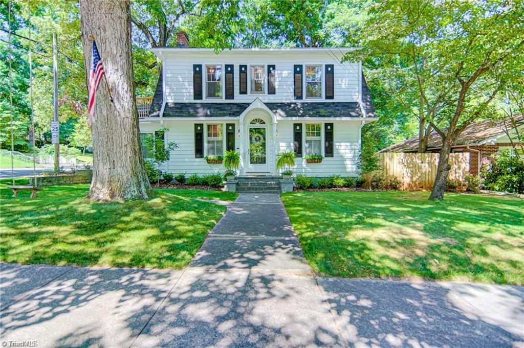 880 Lockland Avenue Property Photo