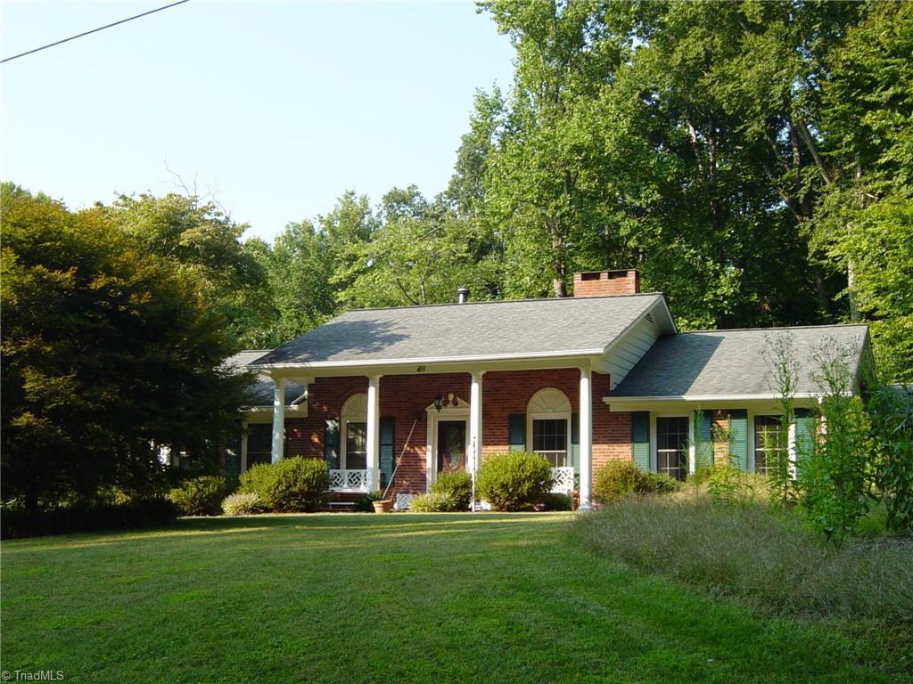 499 Holly Tree Drive Property Photo