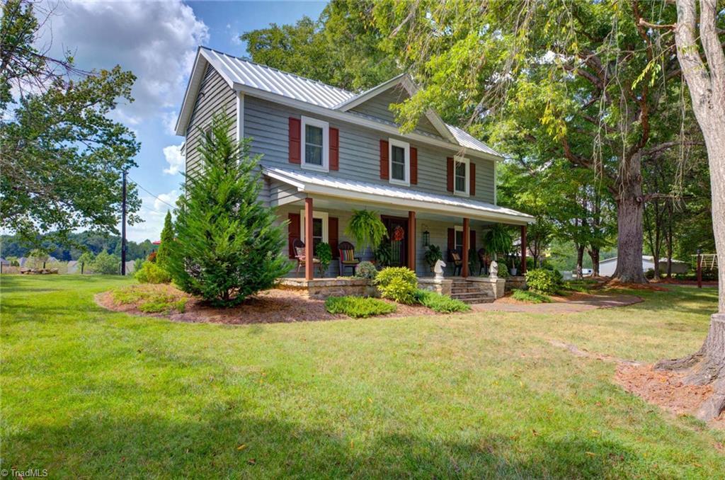 914 Nc Highway 150 Property Photo 1