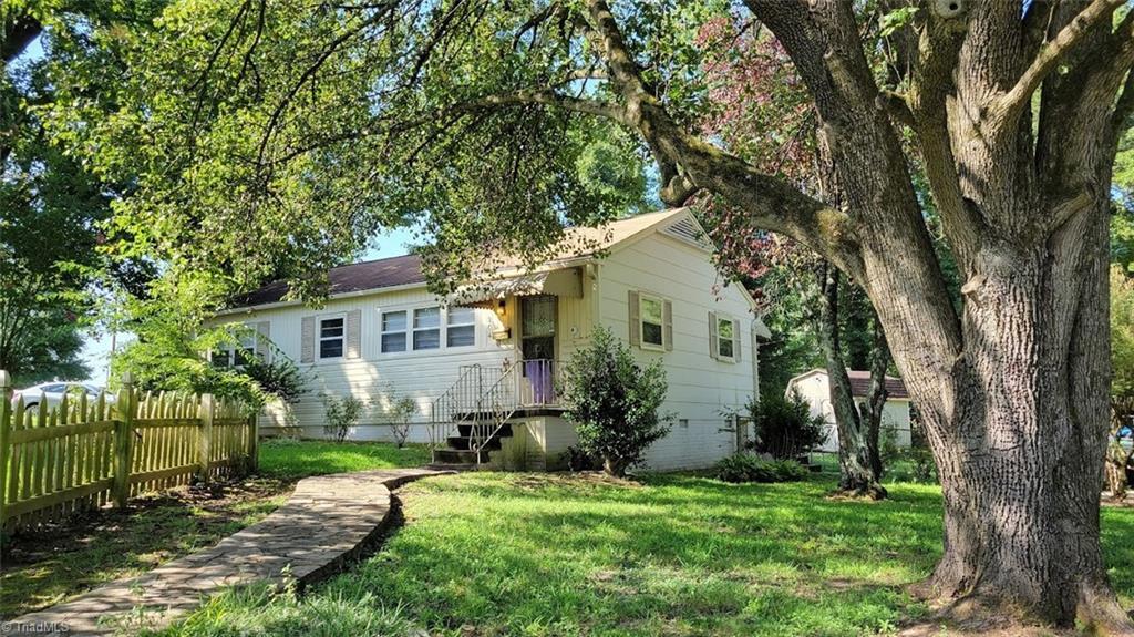204 Bland Boulevard Property Photo