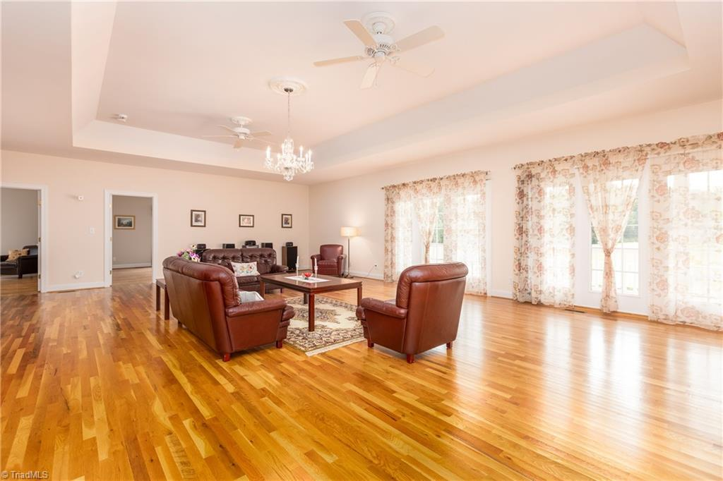 8736 Bame Road Property Picture 11