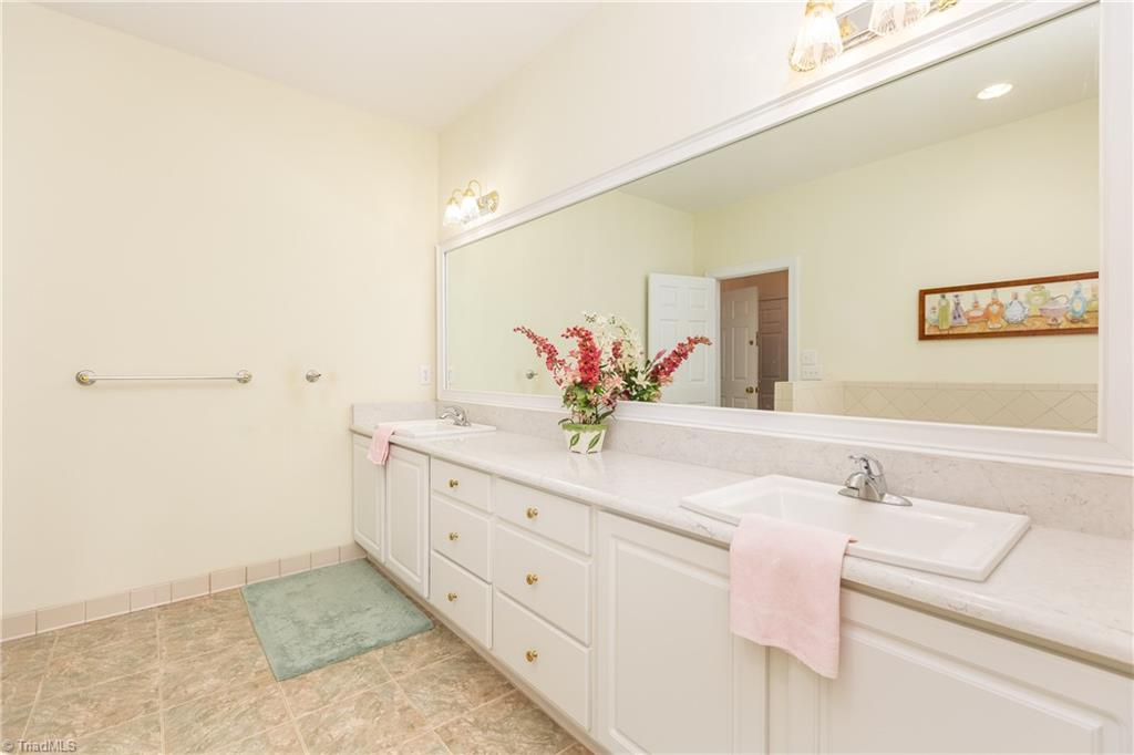 8736 Bame Road Property Picture 16