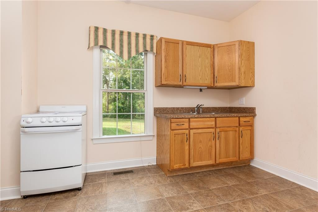 8736 Bame Road Property Picture 19