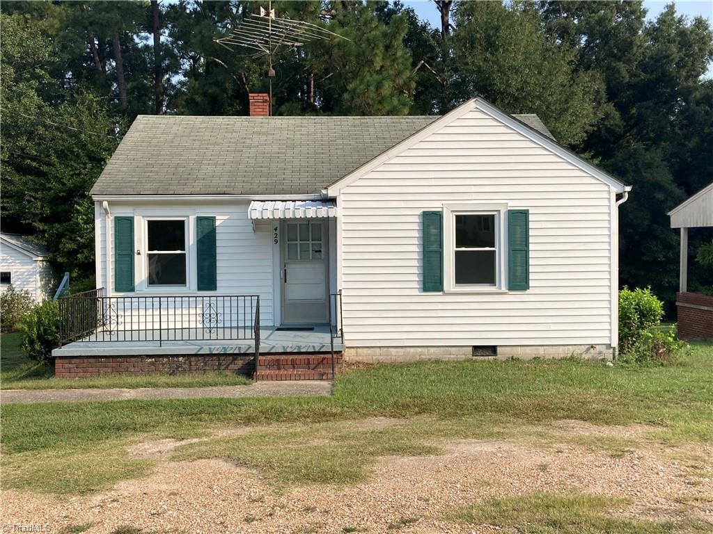 429 Main Street Property Photo