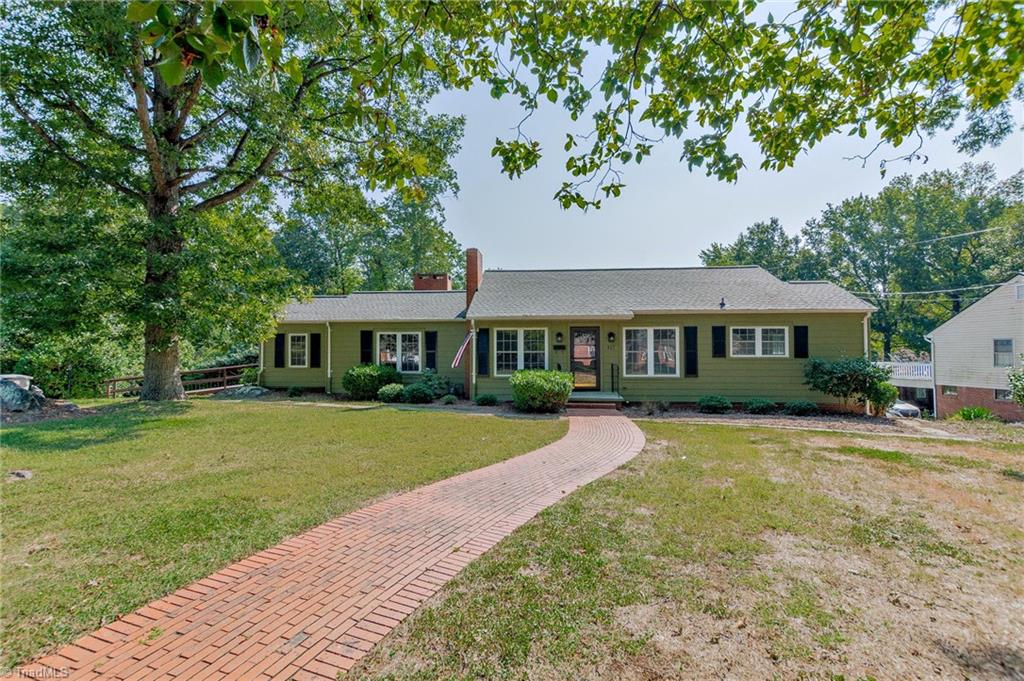 317 Ridgecrest Road Property Photo 1