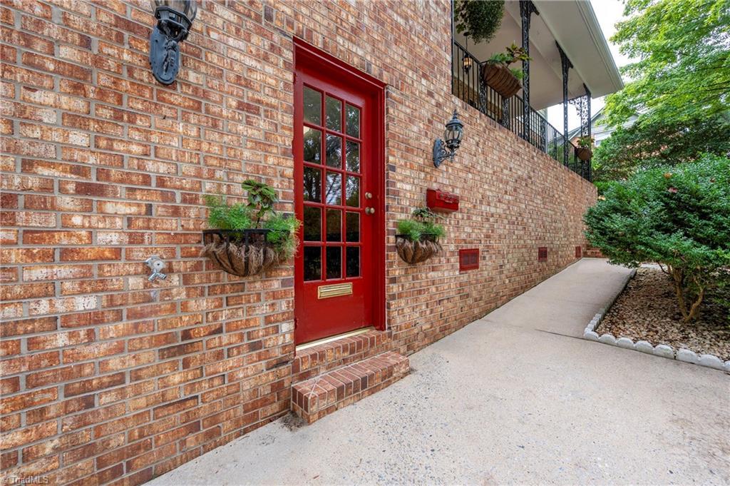 1210 Partridge Lane Property Picture 7