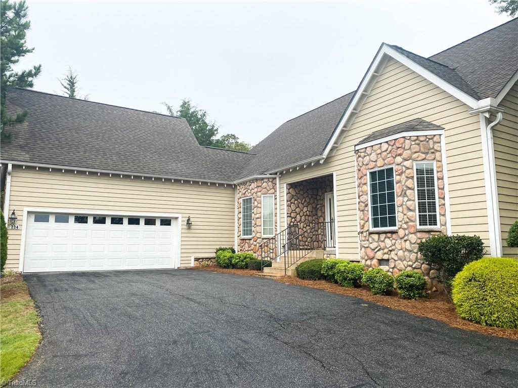 224 Oleander Drive Property Photo
