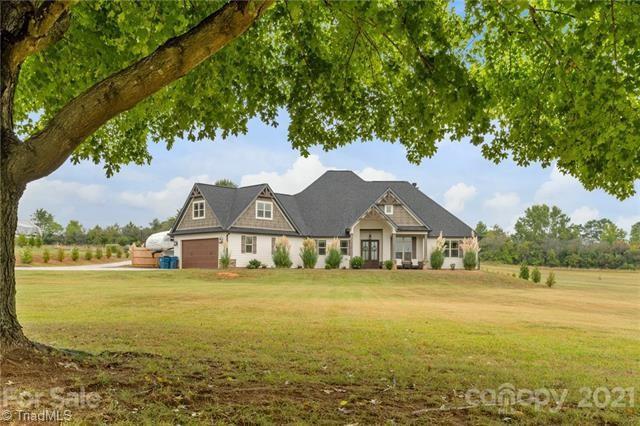 Davidson Real Estate Listings Main Image