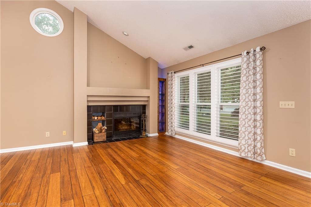 7140 Avenbury Circle Property Picture 7