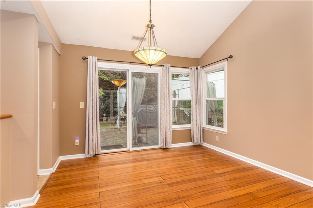 7140 Avenbury Circle Property Picture 8