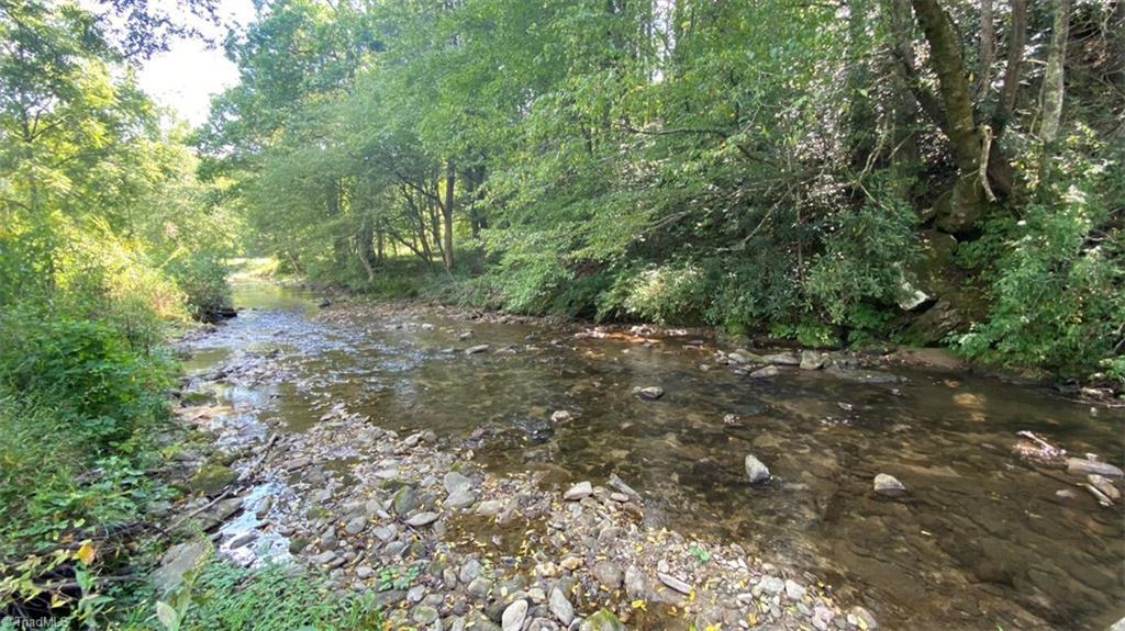000 Elk Creek Darby Road Property Photo