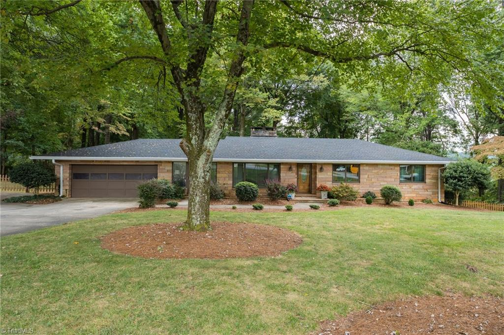 126 Oak Summit Road Property Photo