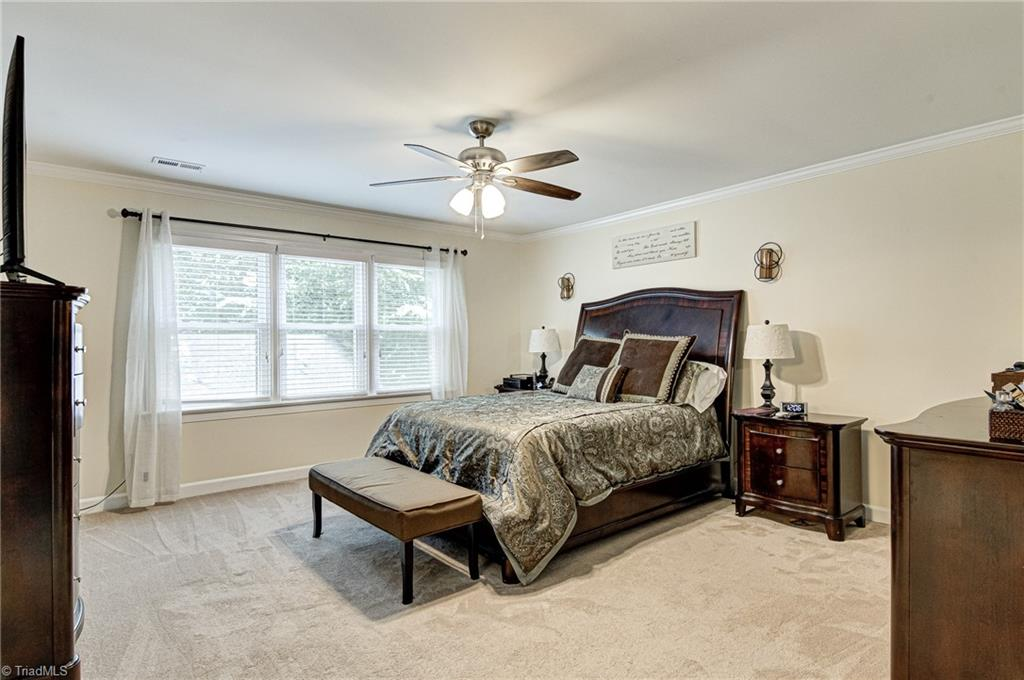 5302 Coveview Court Property Photo 17