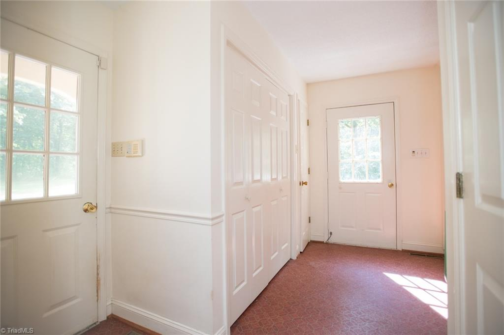 631 N Clodfelter Road Property Photo 18