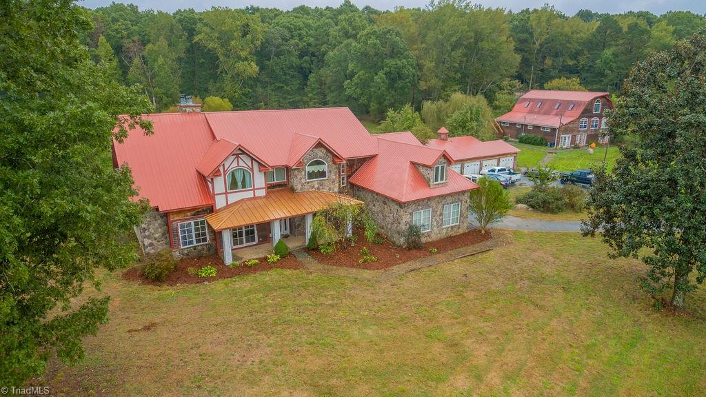 577 Crousetown Road Property Photo 1