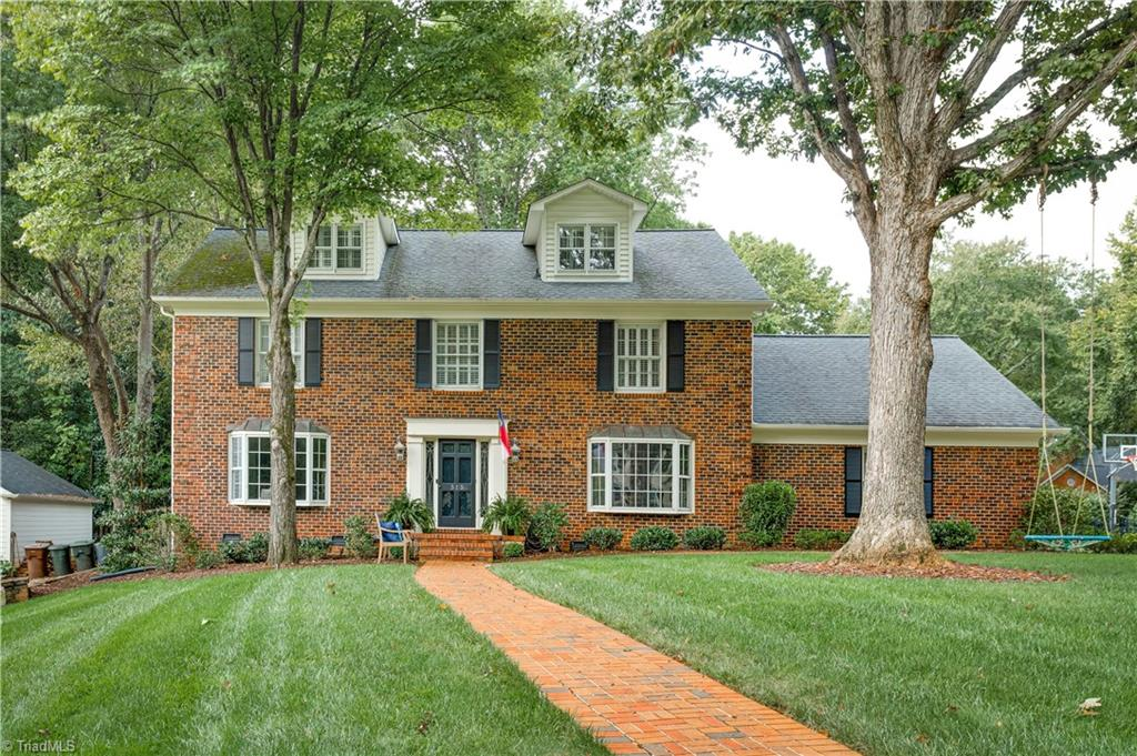 315 Parkmont Drive Property Photo 1