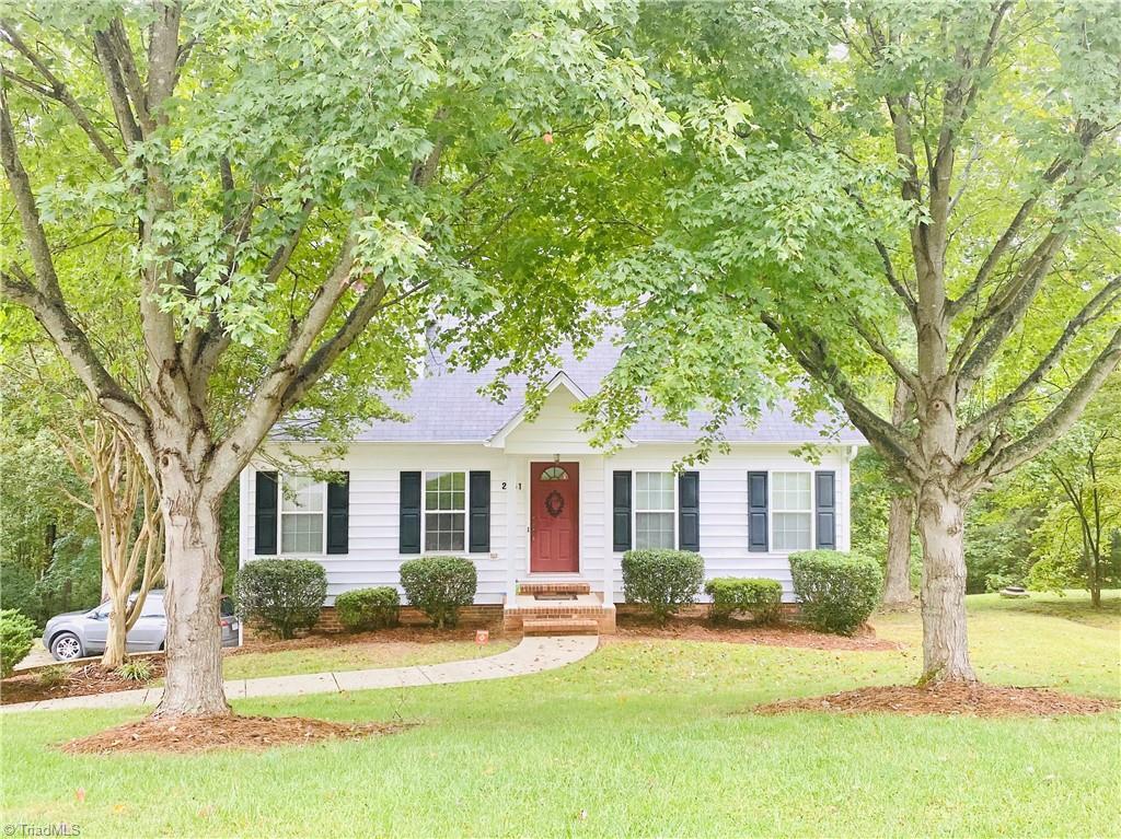 2951 Dahlia Drive Property Photo 1