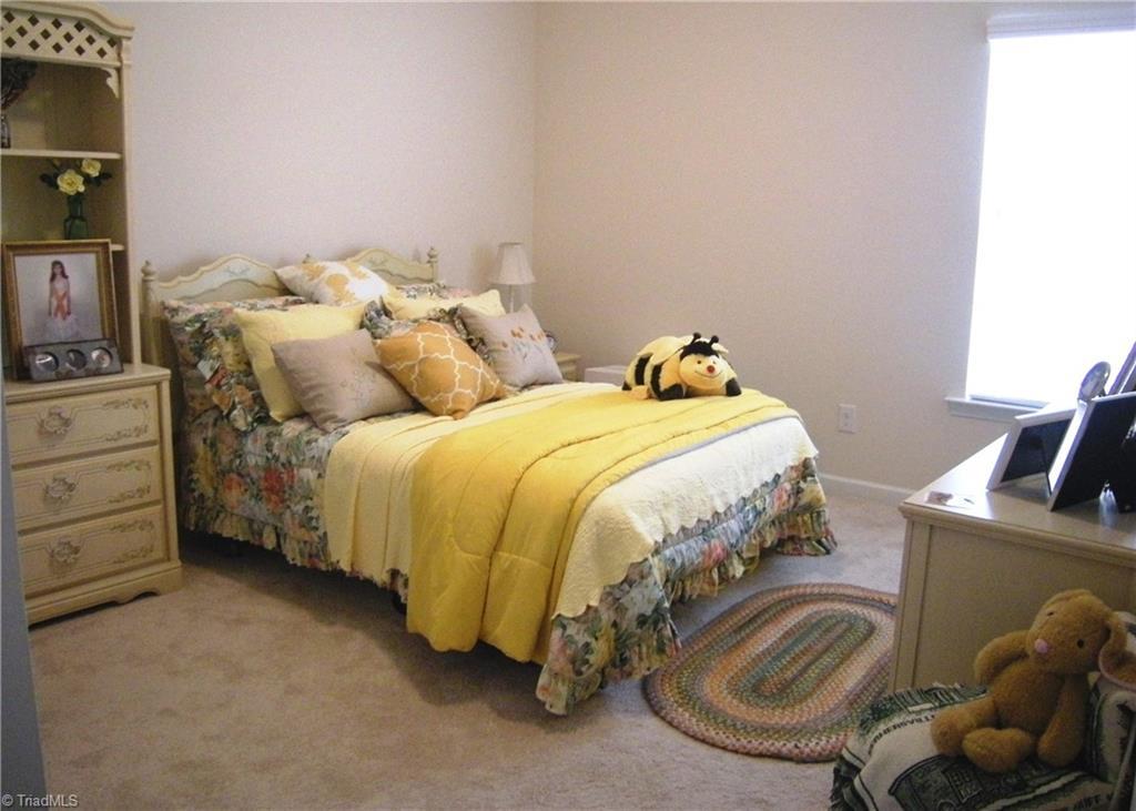 4987 Longburn Lane Property Picture 10