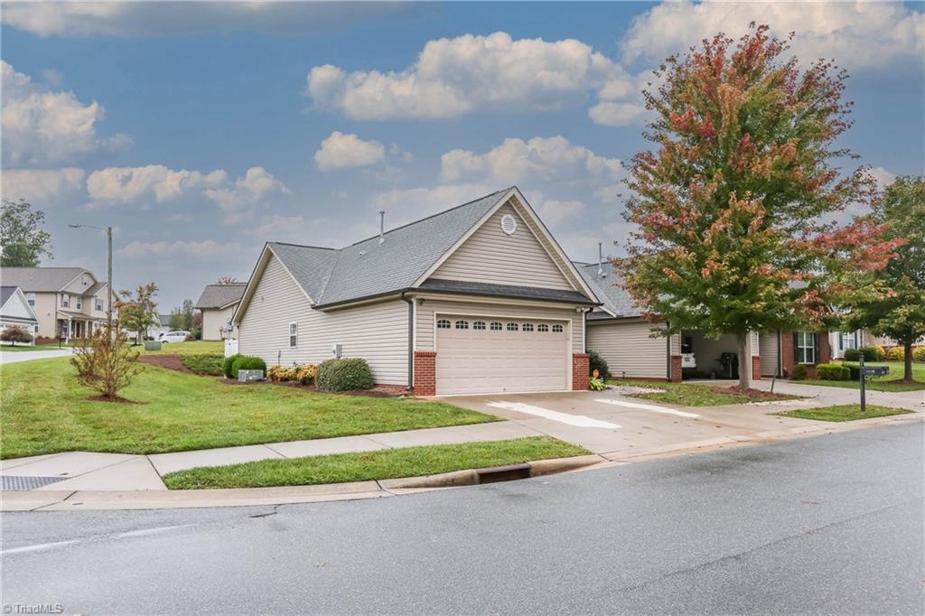 4438 Weatherton Drive Property Photo 1