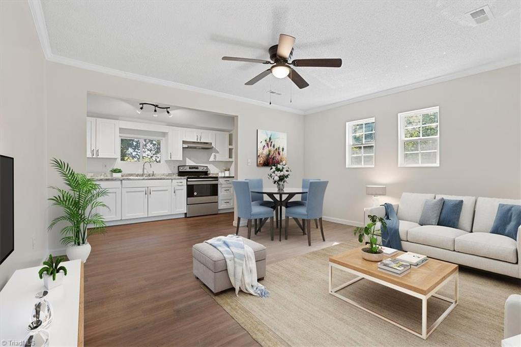 402 Hobson Street Property Picture 2
