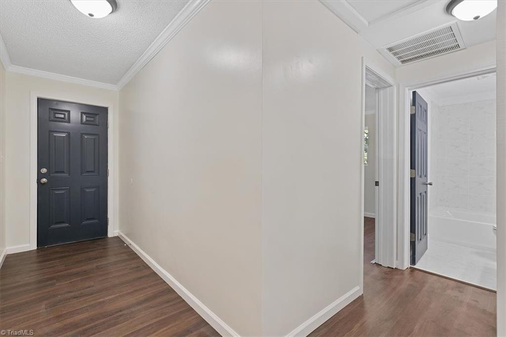 402 Hobson Street Property Picture 8