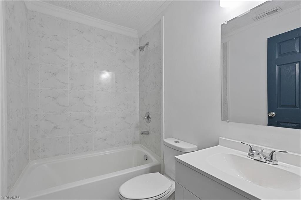 402 Hobson Street Property Picture 22